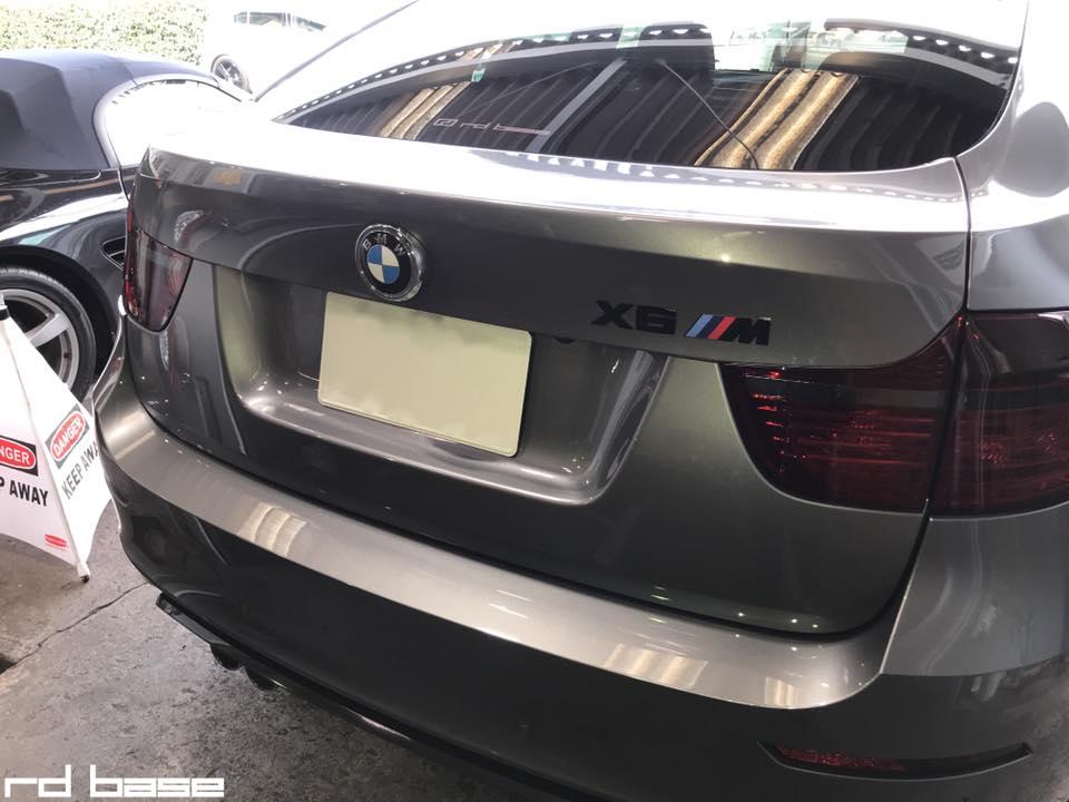 BMW X6M メンテナンスで入庫