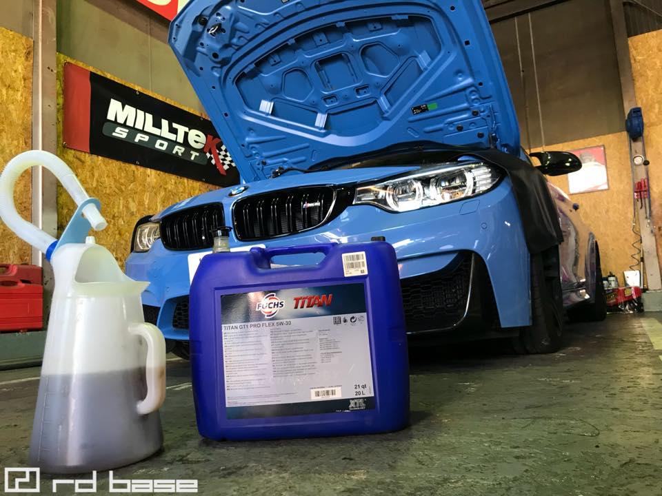 BMW M4 オイル交換にサスペンションのセッティング変更‼︎