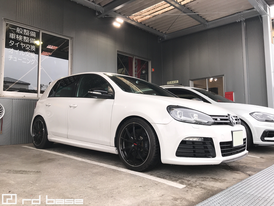 VW X VW