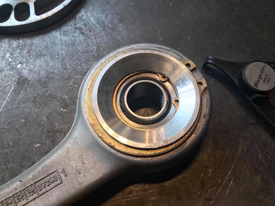 BMW M4にデフマウントのセミリジットカラーに、SPLのキャスター調整付きピロボールを装着‼︎