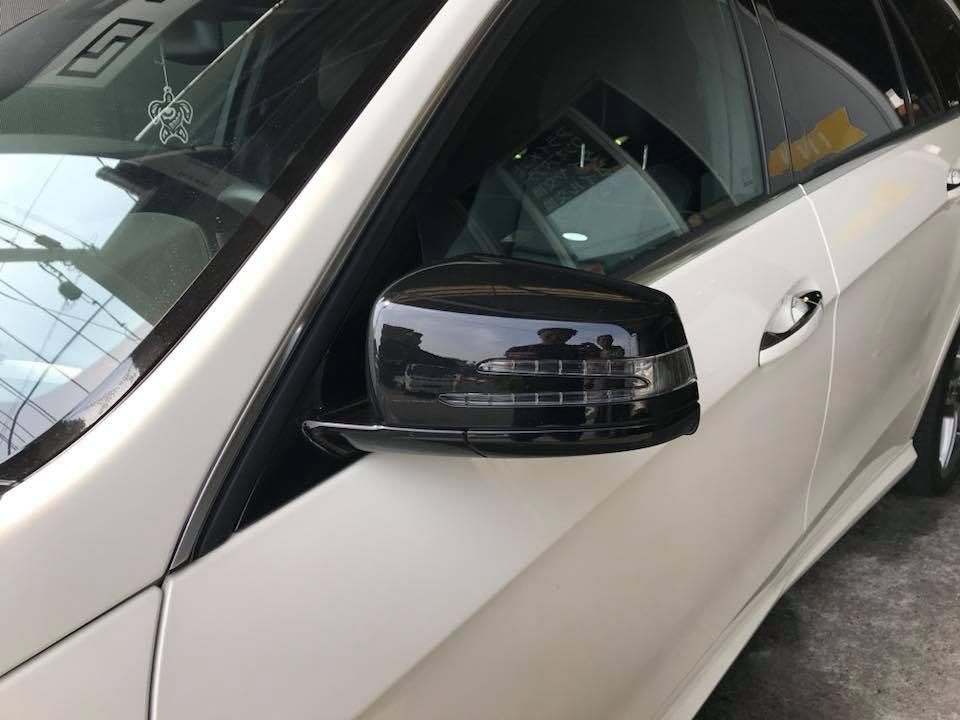 AMG E63 ドアミラーカバーをピアノブラックに‼︎