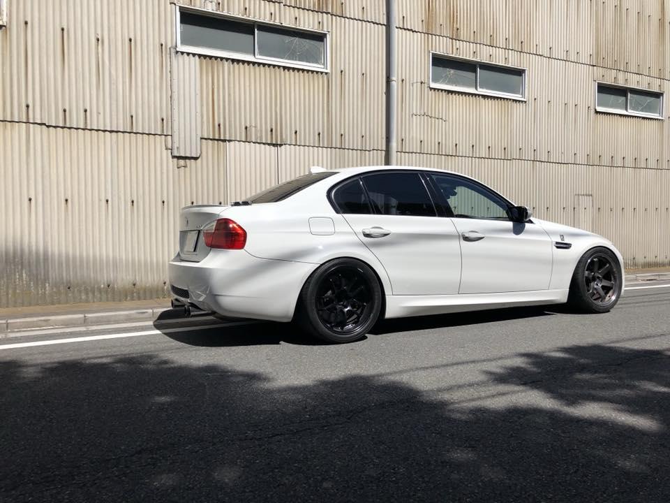BMW E90M3にダクトを取付‼︎