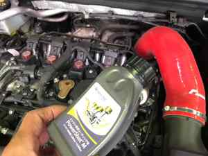 AUDI A5やA3・A8など、オイル交換にオイル漏れ修理!