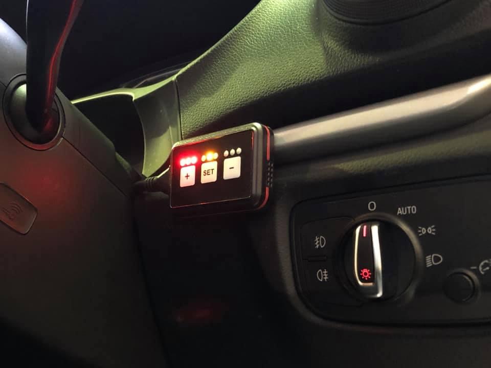 AUDI S3メンテナンスにA3スロコンにオイル交換!