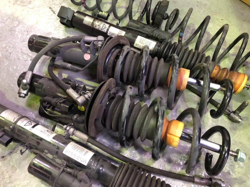AUDI RS5 DRCキャンセルしてKWストリートコンフォート!