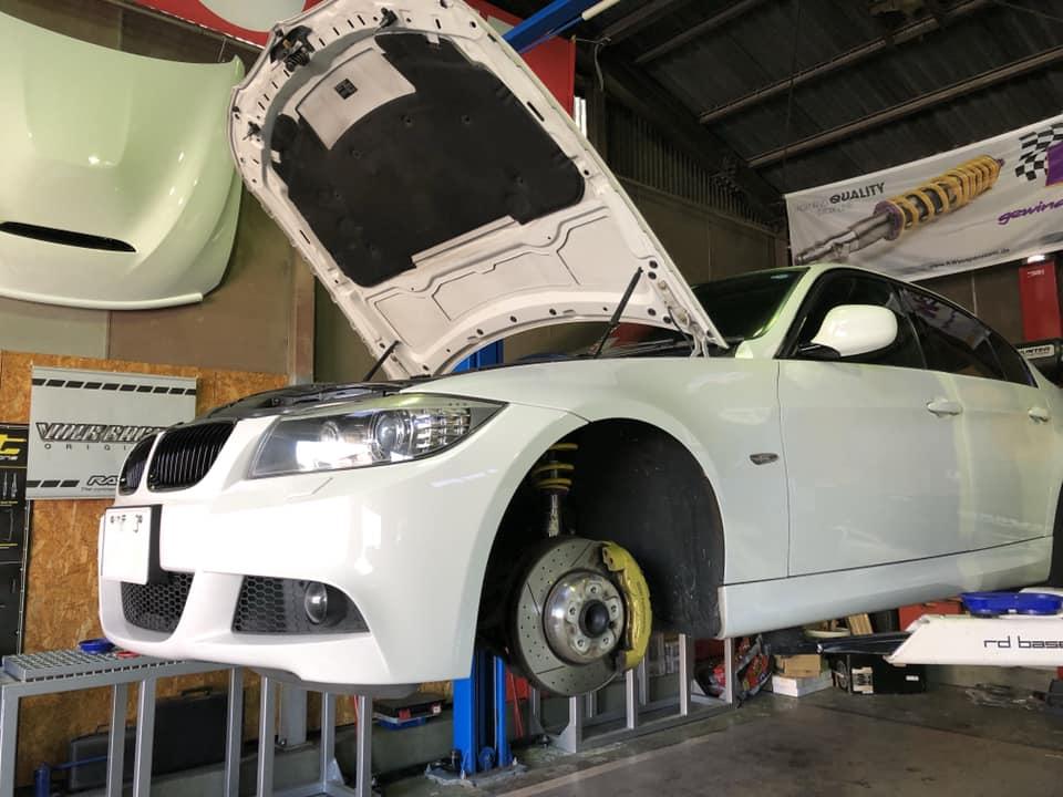 BMW E90 X KW Street Comfort!