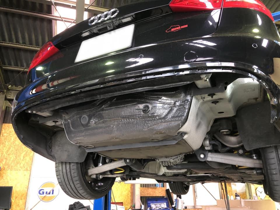 AUDI A4 AVANT ワンオフフロントパイプ制作!