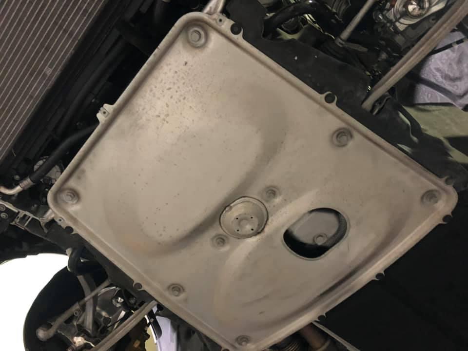 BMW M4にGTSフロントスポイラーを装着‼︎