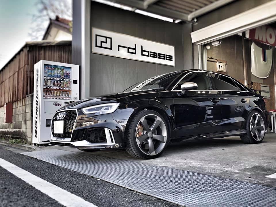 AUDI RS3  X  IDIプレミアムコンフォート!