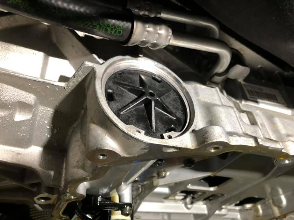 BMW M2 DCTフルード交換に車検整備‼︎