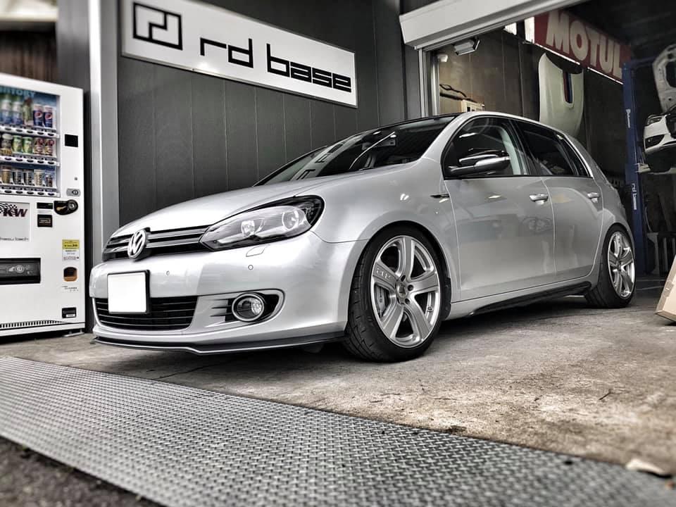 VW  X  VW!