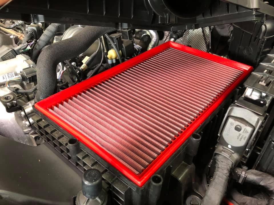 AUDI RS3にハイスパークイグニッションコイルにBMCエアフィルター装着!