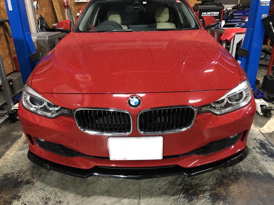 BMW F30 フロントスポイラーを取付!