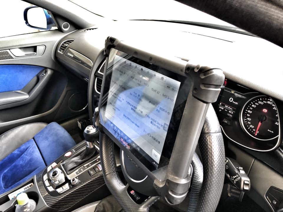 AUDI RS4 Sトロニックフルードにトランスファーオイル交換!