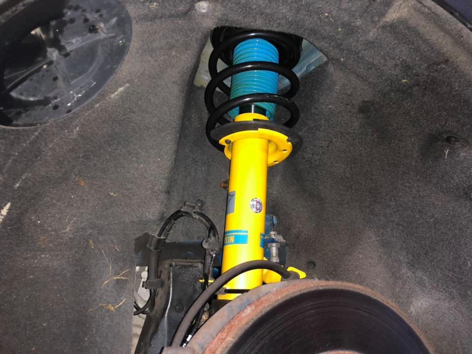R56 MINI BILSTEIN B12サスペンションキットにHIGHSPARKフルセットを取付!