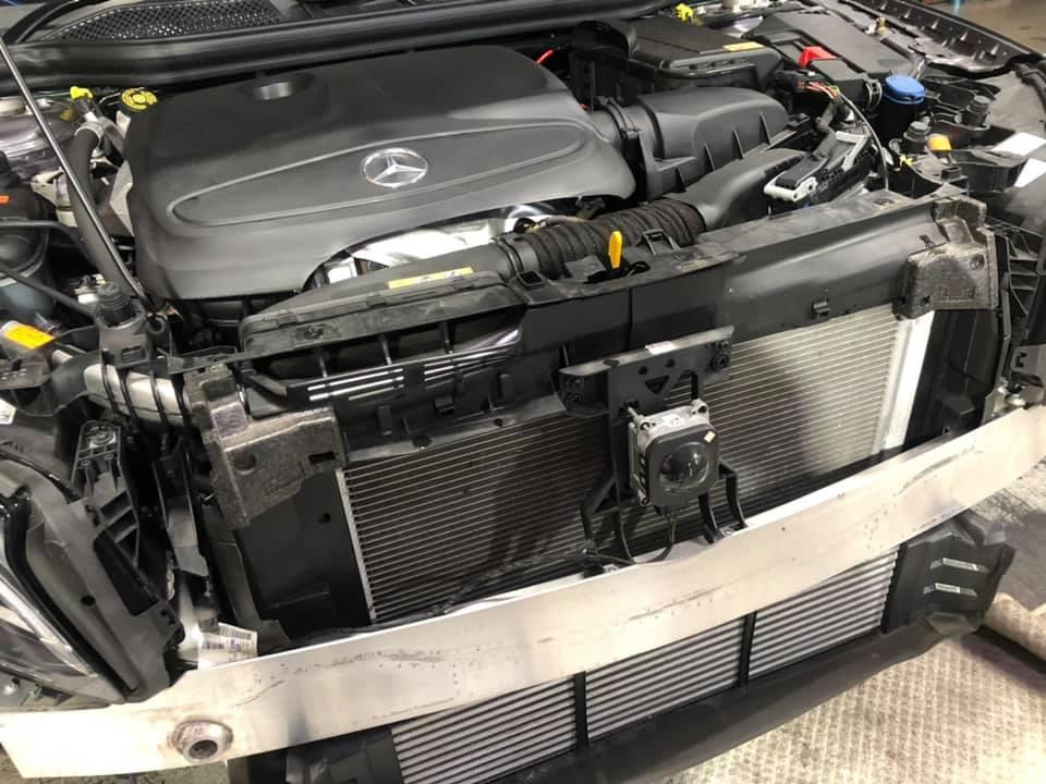 GLA250にパナメリカーナグリルを装着!