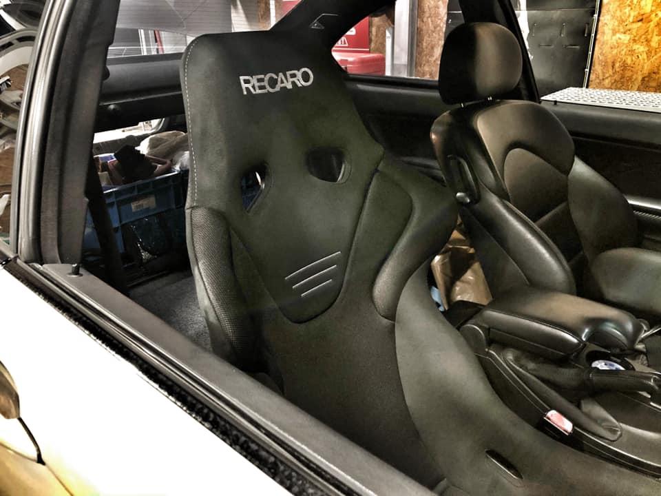 AUDI R8  X  E46M3!