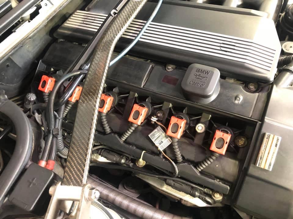 BMW E46にHIGHSPARKフルセット取付!