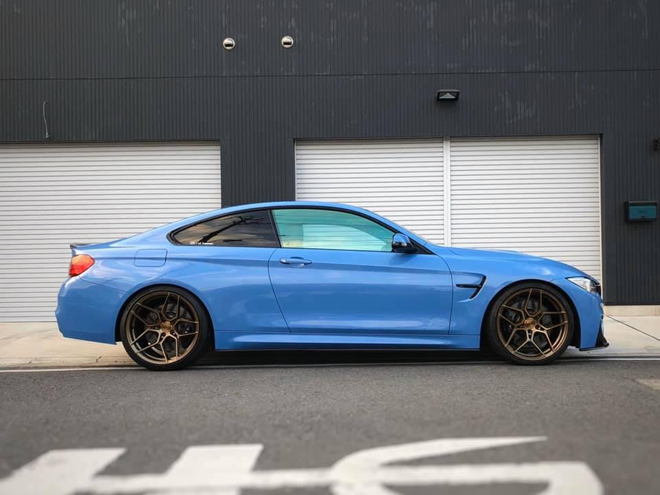 BMW M4  X  ROHANA  X  SACHS!