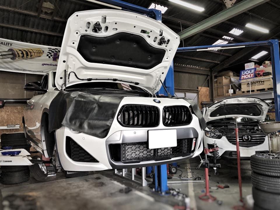 BMW X2 リフトアップしましたっ!