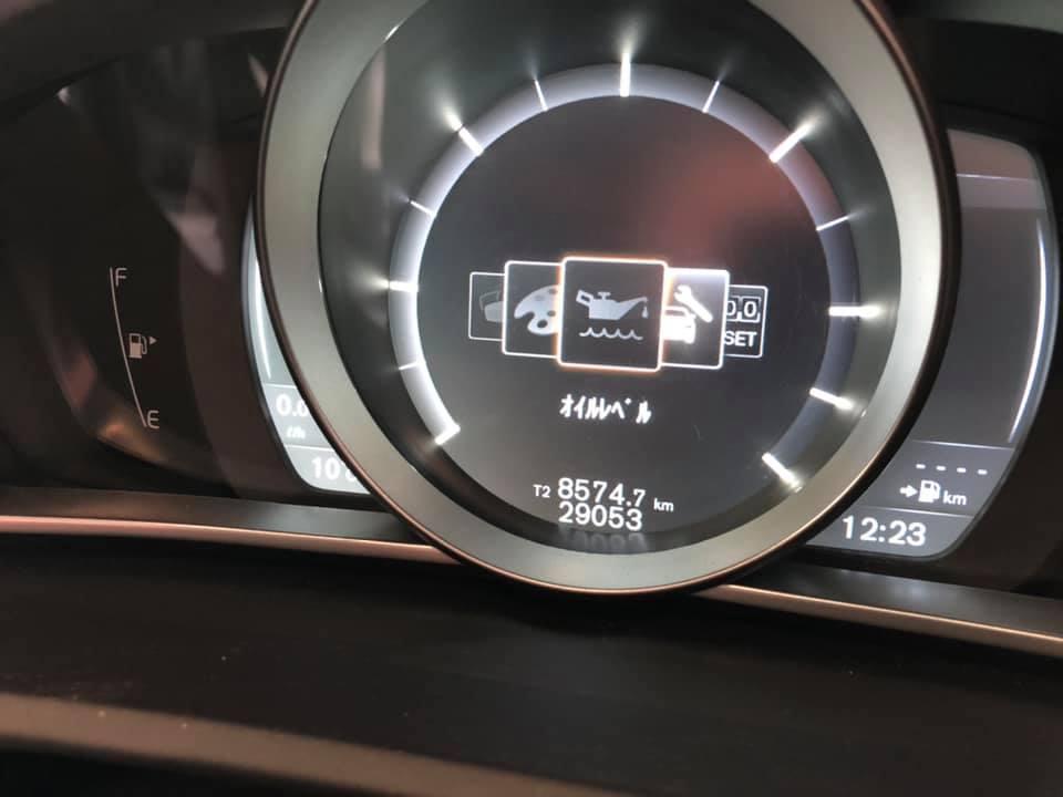 VOLVO V40 D4さん エンジンオイル交換!