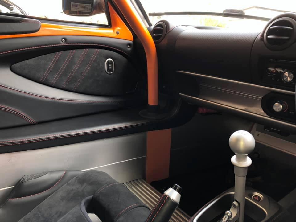 Exige sport 380 ロールケージを装着!