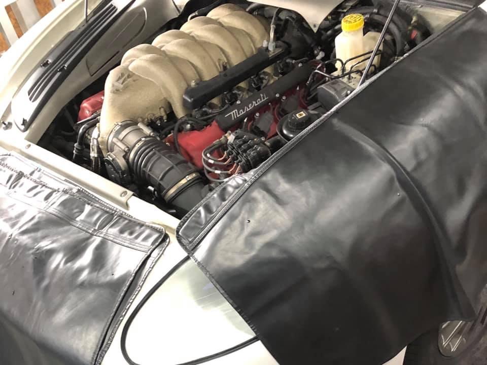 Maserati オルタネーター交換!