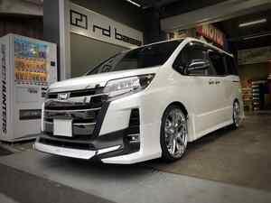 新車のトヨタ ノア!