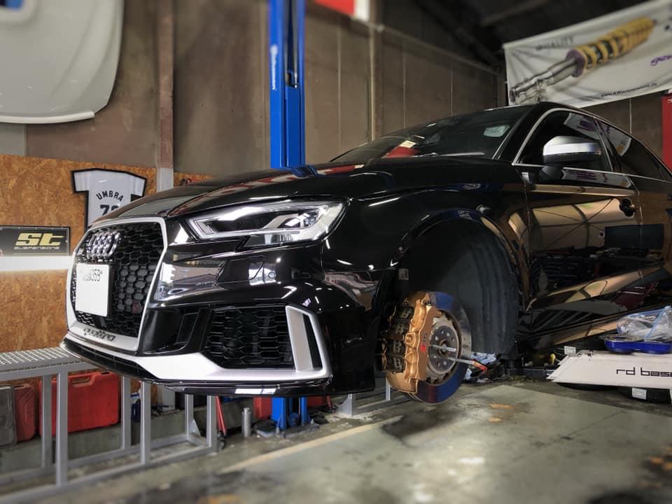 AUDI RS3 タイヤ交換作業!