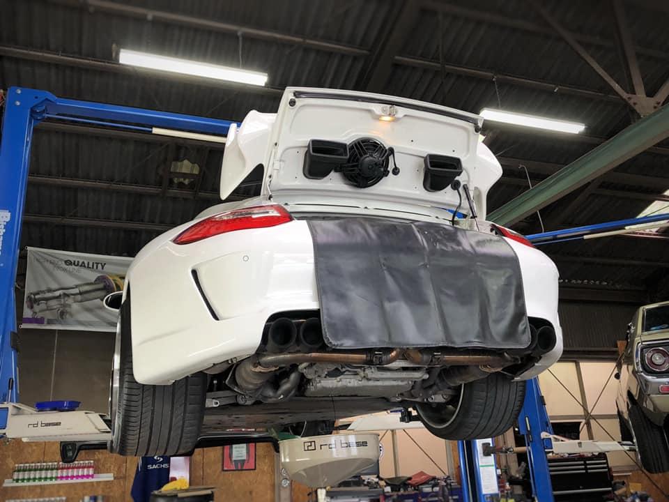 Carrera4 GTS  X  Elise!