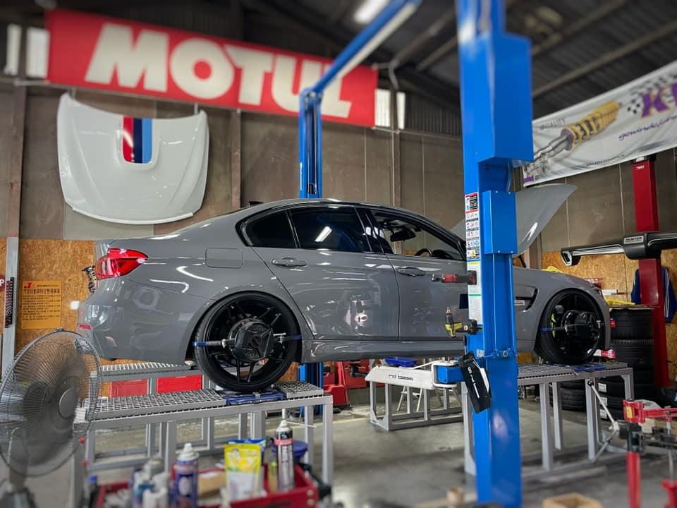 BMW AH3  X  AUDI RS3!