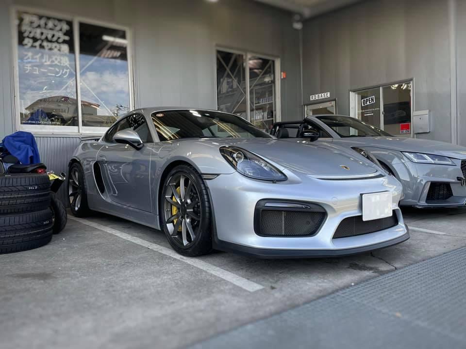 Cayman GT4!